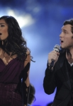 AMERICAN IDOL: Finalists Jessica Sanchez and Phillip Phillips perform during the season 11 AMERICAN IDOL GRAND FINALE at the Nokia Theatre on Weds. May 23, 2012 in Los Angeles, California.  CR: Michael Becker/FOX