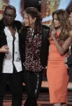 AMERICAN IDOL: Jessica Sanchez is saved on AMERICAN IDOL airing Thursday, April 12, (8:00-9:00 PM ET/PT) on FOX. L-R: Jessica Sanchez, Randy Jackson, Steven Tyler, Jennifer Lopez and Ryan Seacrest (R). CR: Carin Baer / FOX.