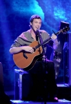 AMERICAN IDOL: Phillip Phillips performs in front of the judges on AMERICAN IDOL airing Wednesday, May 16 (8:00-10:00 PM ET/PT) on FOX. CR: Michael Becker / FOX.
