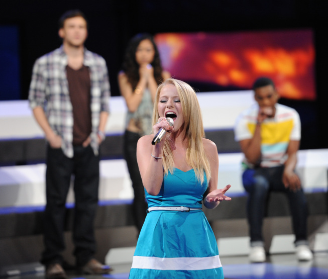 AMERICAN IDOL: Hollie Cavanagh is eliminated on AMERICAN IDOL airing Thursday, May 10 (8:00-9:00 PM ET/PT) on FOX. CR: Michael Becker / FOX.