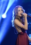 AMERICAN IDOL: Angie Miller performs on AMERICAN IDOL Wednesday, May 1 (8:00-10:00 PM ET/PT) on FOX. CR: Michael Becker/ FOX. Copyright: FOX.