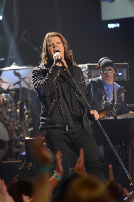 AMERICAN IDOL XIII: Caleb Johnson performs on AMERICAN IDOL XIII airing Wednesday, April 23 (8:00-10:00 PM ET / PT) on FOX.  CR: Michael Becker / FOX. Copyright 2014 / FOX Broadcasting.