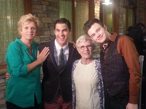 glee-allornothing-bts-4