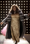 GLEE: Unique (Alex Newell) dresses up for