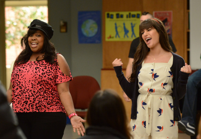 """GLEE: Mercedes (Amber Riley, L) and Rachel (Lea Michele, R) perform for their under classmates in the """"Goodbye"""" season finale episode of GLEE airing Tuesday, May 22 (9:00- 10:00 PM ET/PT) on FOX. ©2012 Fox Broadcasting Co. CR: Mike Yarish/FOX"""