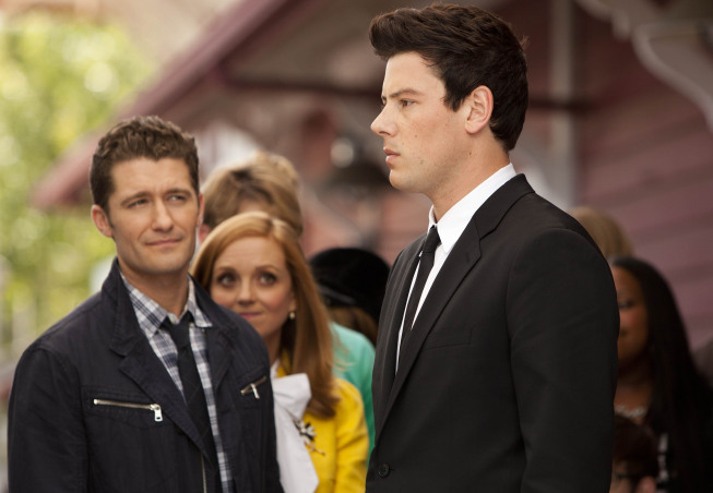 """GLEE: Finn (Cory Monteith, R) is heart broken in the """"Goodbye"""" season finale episode of GLEE airing Tuesday, May 22 (9:00- 10:00 PM ET/PT) on FOX. Also pictured: Matthew Morrison and Jayma Mays. ©2012 Fox Broadcasting Co. CR: Adam Rose/FOX"""