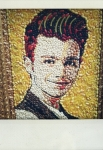 Glee 4x17 - Guilty Pleasures -  Kurt Macaroni Art!