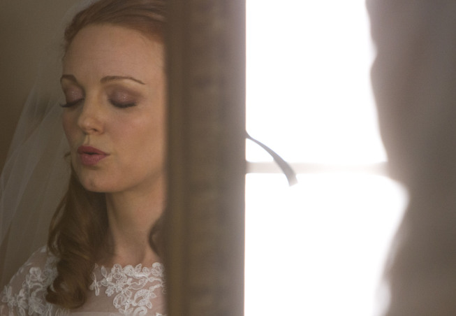 "GLEE: Emma (Jayma Mays) prepares for her wedding day in the ""I Do"" episode of GLEE airing Thursday, Feb. 14 (9:00-10:00 PM ET/PT) on FOX. ©2013 Fox Broadcasting Co. CR: Adam Rose/FOX"