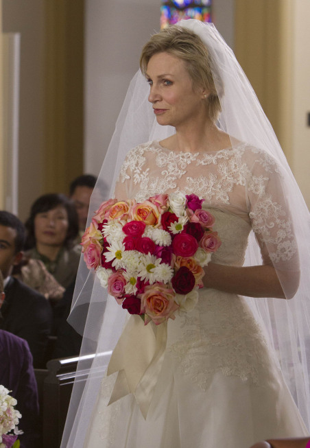 "GLEE: Sue (Jane Lynch) shows up to Will and Emma's wedding in the ""I Do"" episode of GLEE airing Thursday, Feb. 14 (9:00-10:00 PM ET/PT) on FOX. ©2013 Fox Broadcasting Co. CR: Adam Rose/FOX"