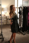 "GLEE: Vogue.com editor Isabelle Klempt (guest star Sarah Jessica Parker) performs in the ""Makeover"" episode of GLEE airing Thursday, Sept. 27 (9:00-10:00 PM ET/PT) on FOX. ©2012 Fox Broadcasting Co. Cr: Mike Yarish/FOX"