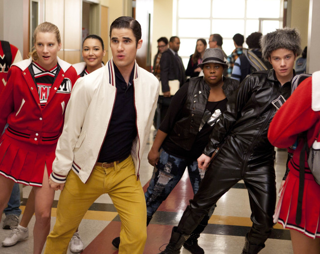 "GLEE: L-R: Brittany (Heather Morris), Blaine (Darren Criss), Santana (Naya Rivera), Mercedes (Amber Riley) and Kurt (Chris Colfer) perform in the ""Michael"" episode of GLEE airing Tuesday, Jan. 31 (8:00-9:00 PM ET/PT) on FOX. ©2012 Fox Broadcasting Co. CR: Adam Rose/FOX"