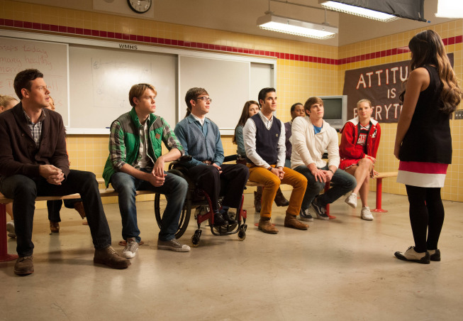 "GLEE: Tina (Jenna Ushkowitz, R) asks one of the glee club members  to the school dance in the ""Sadie Hawkins"" episode of GLEE airing Thursday, Jan. 24 (9:00-10:00 PM ET/PT) on FOX. Also pictured: L-R: Cory Monteith, Chord Overstreet, Kevin McHale, Darren Criss, Melissa Benoist, Blake Jenner, Alex Newell and Heather Morris.  ©2013 Fox Broadcasting Co. CR: Eddy Chen/FOX"