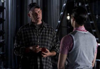 "GLEE: Blaine (Darren Criss, R) seeks Burt's (gues star Mike O'Malley, L) advice in the ""Wonder'ful"" episode of GLEE airing Thursday, May 2 (9:00-10:00 PM ET/PT) on FOX. ©2013 Fox Broadcasting Co. CR: Adam Rose/FOX"