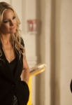 """GLEE: Rachel (Lea Michele, R) takes a dance class from Cassandra (guest star Kate Hudson) at NYADA in the """"The New Rachel,"""" the Season Four premiere episode of GLEE airing on a new night and time Thursday, Sept. 13 (9:00-10:00 PM ET/PT) on FOX. ©2012 Fox Broadcasting Co. Cr: Adam Rose/FOX"""