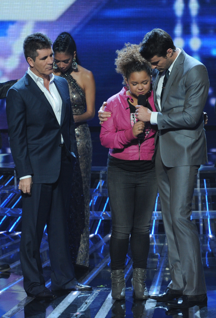 THE  X FACTOR: Rachel Crow is eliminated on THE X FACTOR airing Thursday, Dec. 8 (8:00-9:00 PM ET/PT) on FOX. L-R: Simon Cowell, Rachel Crow and Steve Jones.CR: Ray Mickshaw / FOX.