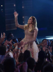 AMERICAN IDOL: Judge Jennifer Lopez greets the audience during the AMERICAN IDOL Finale airing Thursday, April 7 (8:00-10:06 PM ET Live/PT tape-delayed) on FOX. © 2016 FOX Broadcasting Co. Cr: Ray Mickshaw/FOX