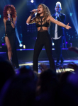 AMERICAN IDOL: Pia Toscana performs during the AMERICAN IDOL Finale airing Thursday, April 7 (8:00-10:06 PM ET Live/PT tape-delayed) on FOX. © 2016 FOX Broadcasting Co. Cr: Ray Mickshaw/FOX