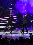 AMERICAN IDOL: American Idols return to perform during the AMERICAN IDOL Finale airing Thursday, April 7 (8:00-10:06 PM ET Live/PT tape-delayed) on FOX. © 2016 FOX Broadcasting Co. Cr: Ray Mickshaw/FOX