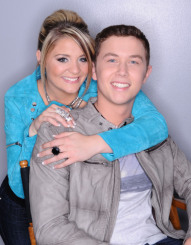 AMERICAN IDOL: The Final Two: Lauren Alaina (L) and Scotty McCreery (R). CR: Michael Becker / FOX.