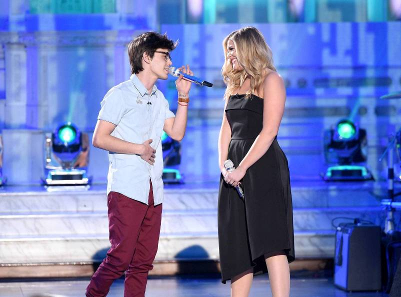 "AMERICAN IDOL: Season 10 runner-up Lauren Alaina with contestant MacKenzie Bourg in the ""Showcase #1: 1st 12 Performances"" episode of AMERICAN IDOL airing Wednesday, Feb. 10 (8:00-9:01 PM ET/PT) on FOX. Cr: Michael Becker / FOX. © 2016 FOX Broadcasting Co."