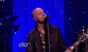 Daughtry – Crawling Back To You – The Ellen Degeneres Show (VIDEO)