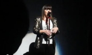 """Kelly Clarkson Covers Pistol Annie's """"Hell on Heels"""" (VIDEO)"""