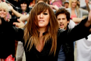 """Kelly Clarkson's """"Duets"""" to Premiere on May 24"""