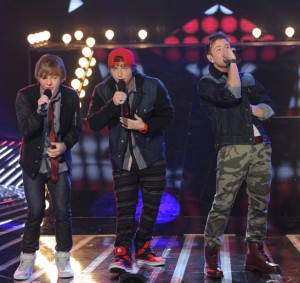 "Emblem3 on Singing One Direction Style Pop ""It Sucks…It Will Get Us Votes But It's Not Us"""