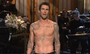 Adam Levine Hosts Saturday Night Live (VIDEO)