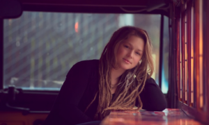 """Crystal Bowersox Drops """"Coming Out For Christmas"""" – Lyric Video"""