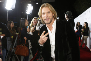 Voice Winner Craig Wayne Boyd Signs with Dot Records