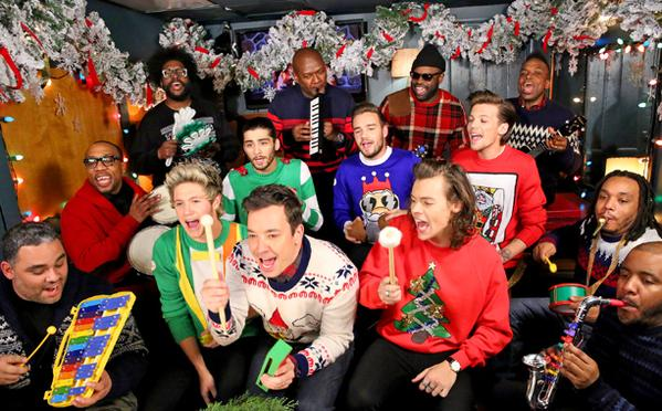 Jimmy Fallon Christmas Sweaters.One Direction Jimmy Fallon Santa Clause Is Coming To Town