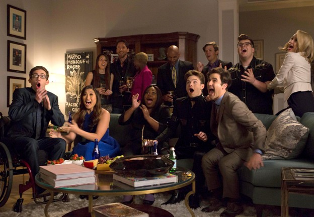 """GLEE:  L-R Front Row: Artie (Kevin McHale), Tina (Jenna Ushkowitz), Mercedes (Amber Riley), Kurt (Chris Colfer) and Blaine (Darren Criss) in the special two-hour """"2009/Dreams Come True"""" Series Finale episode of GLEE airing Friday, March 20 (8:00-10:00 PM ET/PT) on FOX. ©2015 Fox Broadcasting Co. CR: Adam Rose/FOX"""