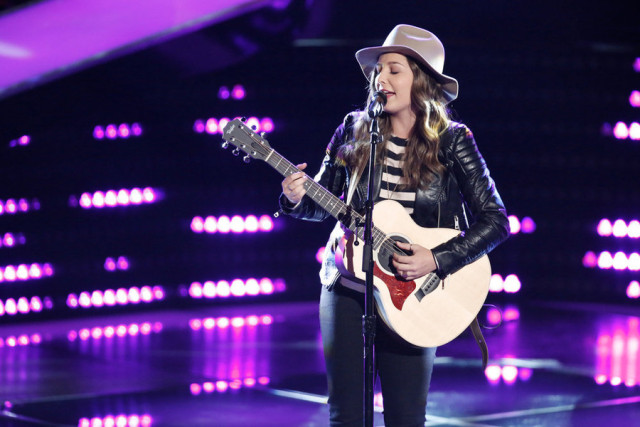 """THE VOICE -- """"Blind Auditions"""" -- Pictured: Lyndsey Elm -- (Photo by: Tyler Golden/NBC)"""