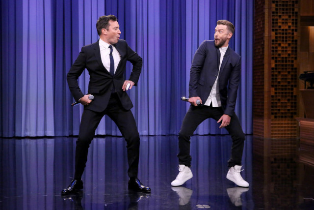 THE TONIGHT SHOW STARRING JIMMY FALLON -- Episode 0325 -- Pictured: (l-r) Host Jimmy Fallon and singer Justin Timberlake perform History of Rap 6 on September 9, 2015 -- (Photo by: Douglas Gorenstein/NBC)