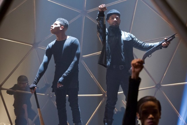 EMPIRE: Pictured L-R: Bryshere Gray as Hakeem Lyon and Jussie Smollett as Jamal Lyon in the ÒPoor YorickÓ episode of EMPIRE airing Wednesday, Oct. 14 (9:00-10:00 PM ET/PT) on FOX. ©2015 Fox Broadcasting Co. Cr: Chuck Hodes/FOX.