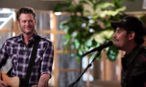 The Voice 9: Watch Brad Paisley and Blake Shelton Duet! (VIDEO)