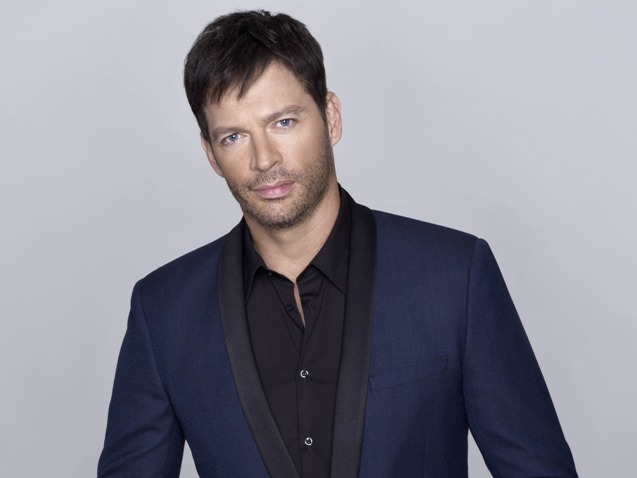 AMERICAN IDOL XIV: Harry Connick, Jr. CR: Matthias Vriens McGrath / FOX. © 2014 FOX Broadcasting Co.