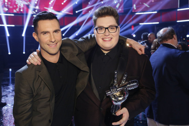"THE VOICE -- ""Live Finale"" Episode 918B -- Pictured: (l-r) Adam Levine, Jordan Smith -- (Photo by: Trae Patton/NBC)"