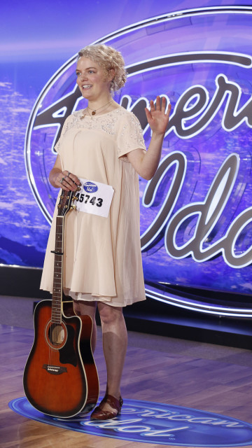 AMERICAN IDOL: Jenn Blosil performs in front of the Judges on AMERICAN IDOL airing Wednesday, Jan. 12 (8:00-9:00 PM ET/PT) on FOX. © 2016 Fox Broadcasting Co. CR: Craig Blankenhorn / FOX.