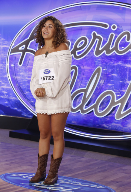 Gianna Isabella American Idol 2016 : Gianna Isabella performs in front of the Judges on AMERICAN IDOL airing Wednesday, Jan. 12 (8:00-9:00 PM ET/PT) on FOX. © 2016 Fox Broadcasting Co. CR: Craig Blankenhorn / FOX.