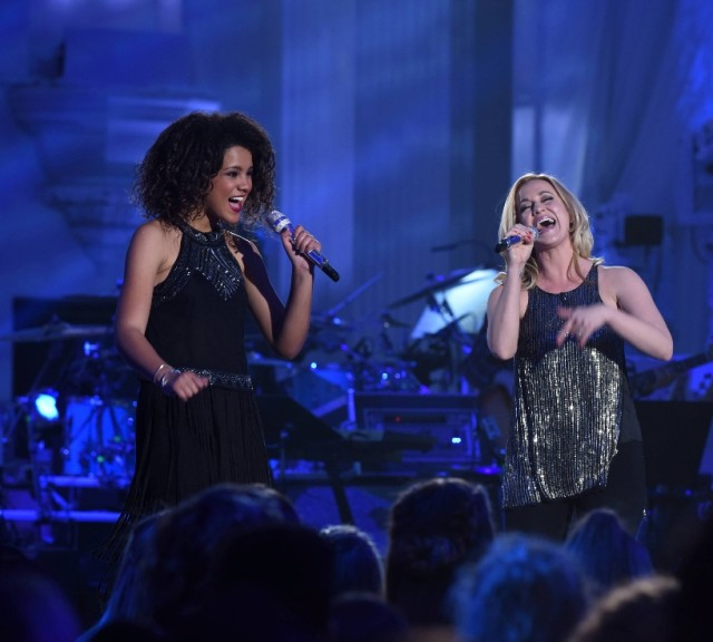 "AMERICAN IDOL: L-R: Contestant ristan McIntosh and Kellie Pickler in the """"Showcase #4: Judges Vote"" episode of AMERICAN IDOL airing Thursday, Feb. 18 (8:00-10:00 PM ET/PT) on FOX. © 2016 FOX Broadcasting Co. Cr: Ray Mickshaw / FOX."