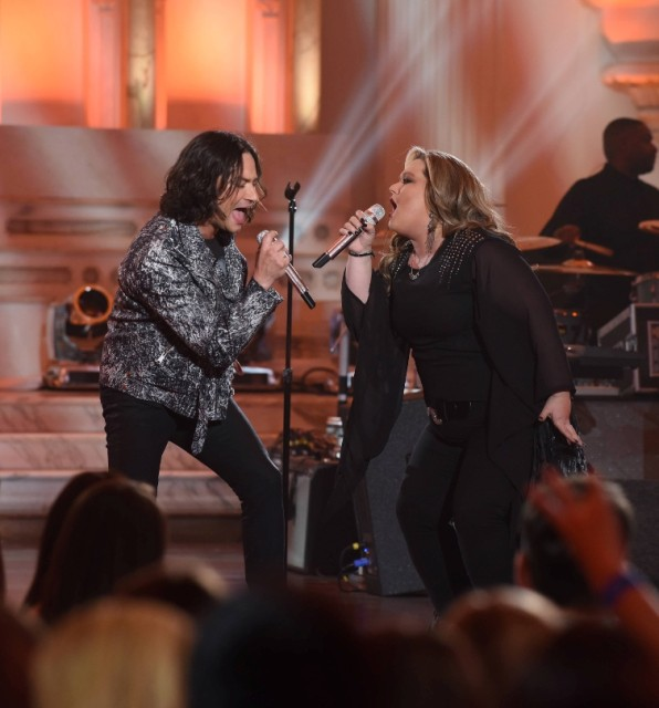 "AMERICAN IDOL: L-R: Constantine Maroulis and contestant Shelbie Z in the ""Showcase #4: Judges Vote"" episode of AMERICAN IDOL airing Thursday, Feb. 18 (8:00-10:00 PM ET/PT) on FOX. © 2016 FOX Broadcasting Co. Cr: Ray Mickshaw / FOX."
