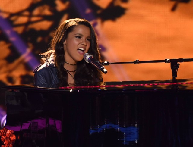 AMERICAN IDOL: Top 5: Contestant Tristan McIntosh performs on AMERICAN IDOL airing Thursday, March 17 (8:00-10:00 PM ET/PT) on FOX. © 2016 FOX Broadcasting Co. Cr: Ray Mickshaw/ FOX. This image is embargoed until Thursday, March 17,10:00PM PT / 1:00AM ET