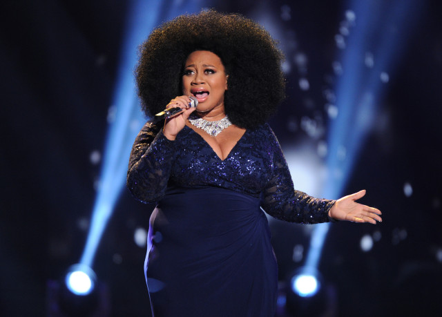 AMERICAN IDOL: Top 2 Revealed: Contestant La'Porsha Renae performs on AMERICAN IDOL airing Wednesday, April 6 (8:00-9:00 PM ET/PT) on FOX. © 2016 FOX Broadcasting Co. Cr: Michael Becker/ FOX. This image is embargoed until Wednesday, April 6, 10:00PM PT / 12:00AM ET
