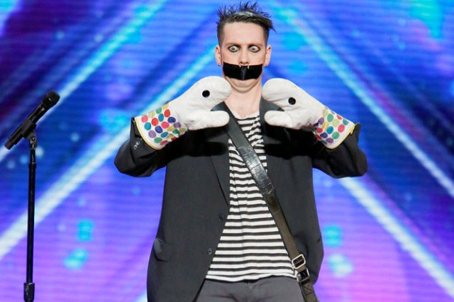 America's Got Talent 2016 - Auditions #1 - Tape Face