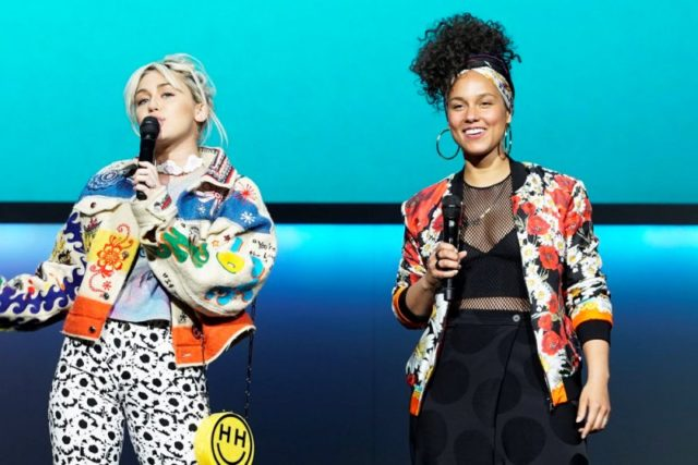 NBC Upfronts feat Miley Cyrus, Alicia Keys from The Voice 11