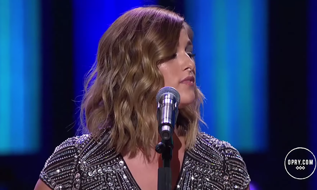 Cassadee Pope - Til I Make it On My Own - Tammy Wynette Cover - Live at the Opry