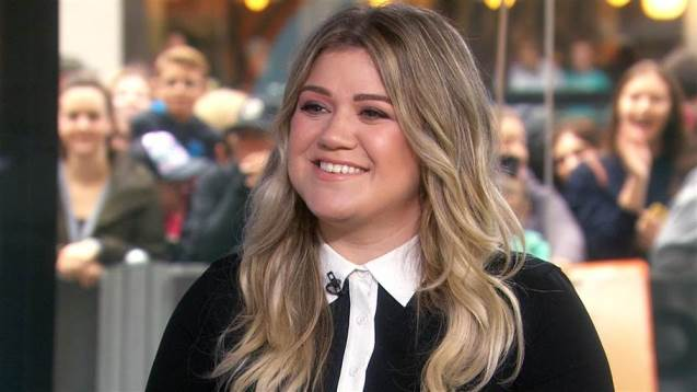 Kelly Clarkson - Today Show