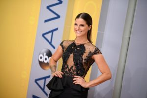 The Voice's Cassadee Pope Engaged to Rian Dawson – See the Ring